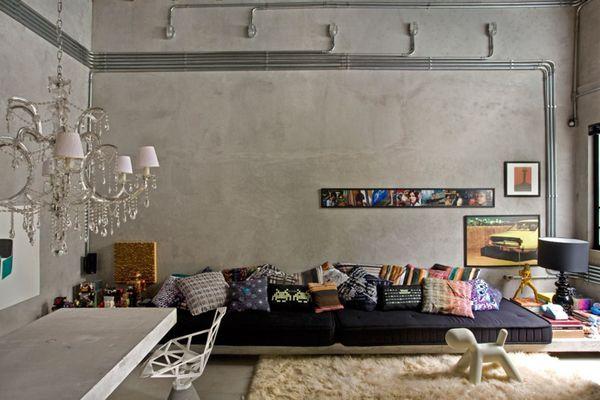 sala com paredes cinzas