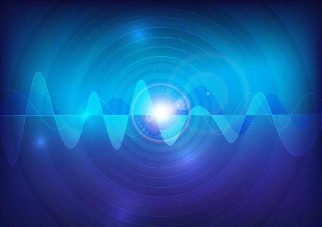 Interferência eletromagnética representada por ondas azuis.